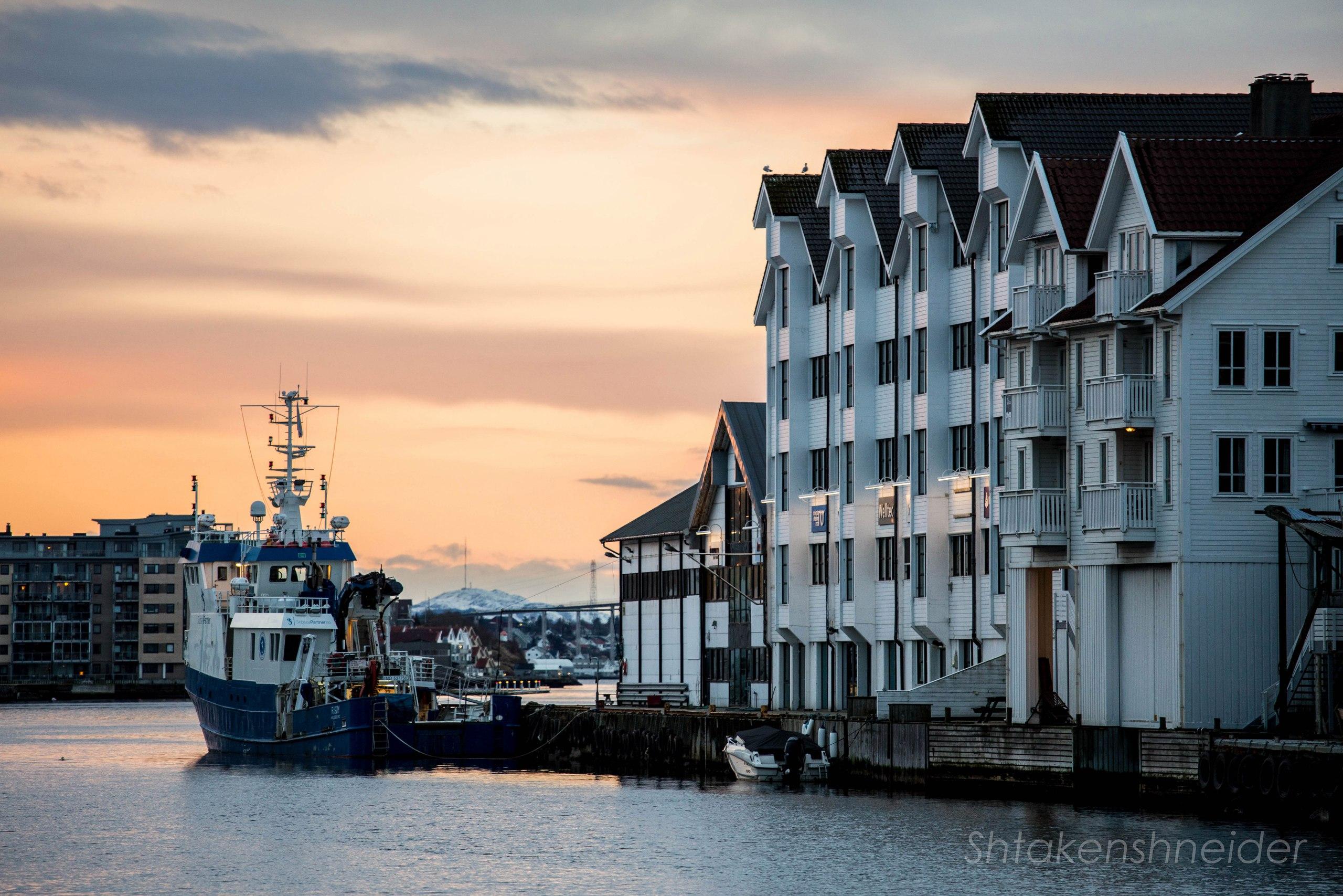 Доки Хёугесунна, Норвегия.