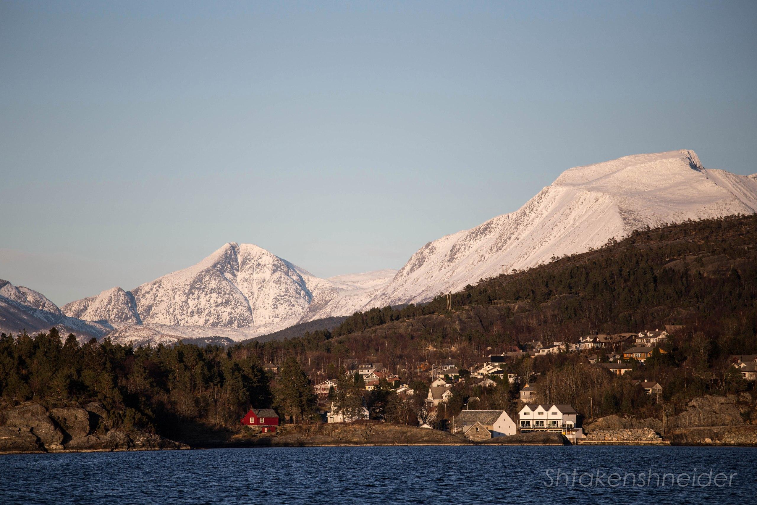 Хюснес, Норвегия: фото
