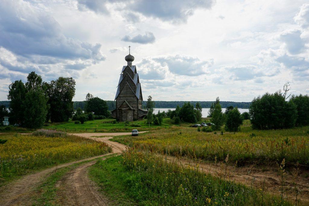 Ширков Погост: Церковь Иоанна Предтечи и озеро Вселуг